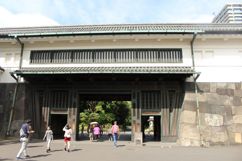 puerta de palacio imperial