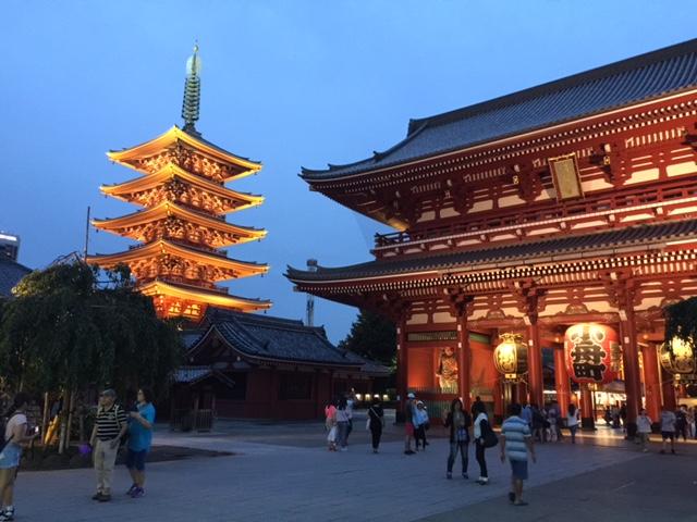 noche en Asakusa